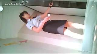 chinese-girls-go-to-toilet.19