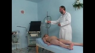 Pregnant-cute-girl-riding-her-gynaecologist's-hard-prick