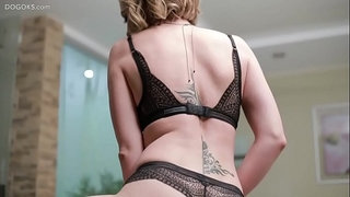 Russian-MILF-Diya-Noir-fuck-herself-hard
