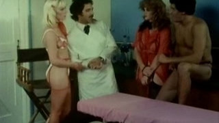 Lisa-Deleeuw-Danielle-Rodgers-and-Ron-Jeremy-in-doctor-surgery-role-play