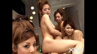 6-Japanese-Girl-Massage