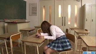 Sana-Anzyu-plays-with-her-hairy-pussy-on-the-teachers-desk