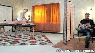 Brazzers---Leya-Falcon-gets-fucked-by-her-masseuse