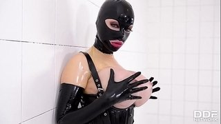 Prick-on-a-Stick---Latex-Lucy-gets-Drilled-by-a-Fucking-Machine