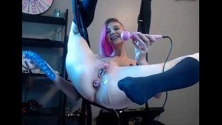 Amazing-Molly-Cum-and-squirt-on-live-webcam---88camsfree.com