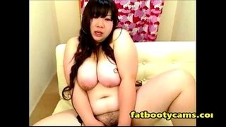 Asian-bbw-milf-masturbating-hardcore---fatbootycams.com