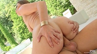 Ellie-Springlare-has-jizz-sperm-dripping-from-holes-in-creampie-scene-by-All-Internal