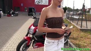 Euro-girlnextdoor-flashes-for-cash