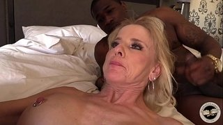 Mature-MILF-creampied-by-BBC