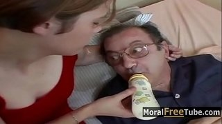 Daddy-off-His-Meds---MoralFreeTube.com